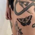 Black butterfly by @hanaroshinko