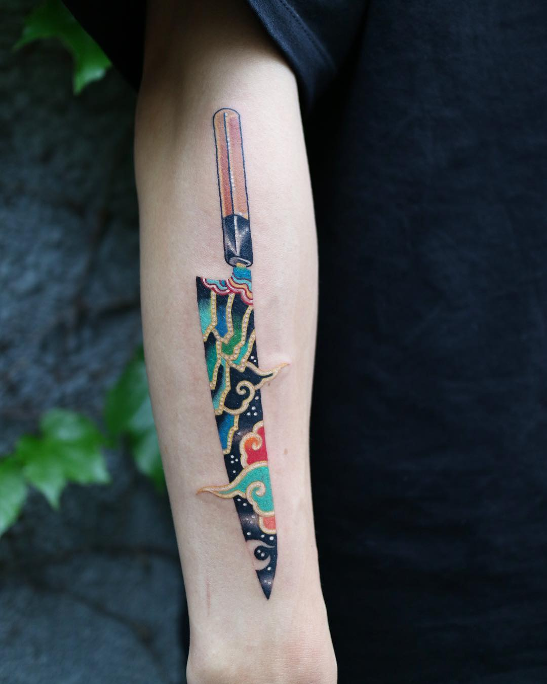 Colorful knife by @pitta_kkm