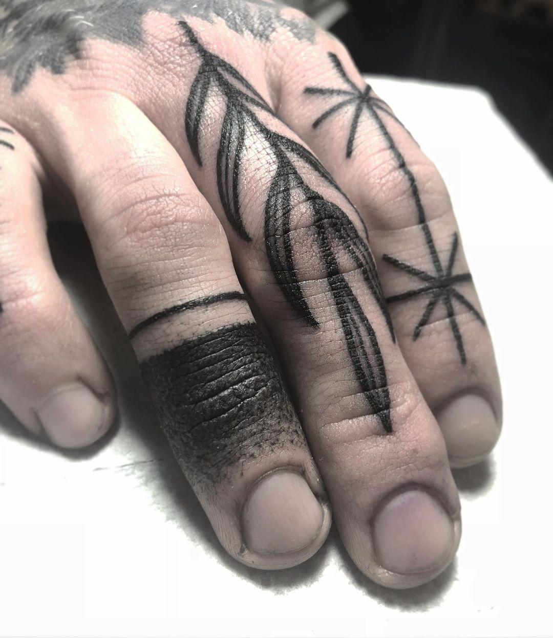 Fingers by @pau1terry_