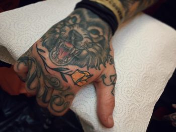 Knuckle filler by @pau1terry_