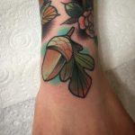 Little acorn by @pau1terry_