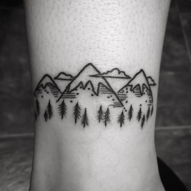 Little mountain range by @patcrump