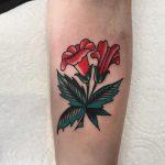 Little trumpet vine tattoo by @lukejinks