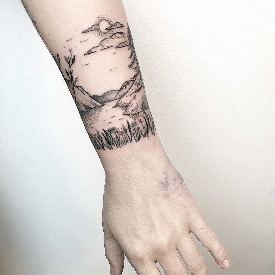 Lovely landscape by @mariafernandeztattoo