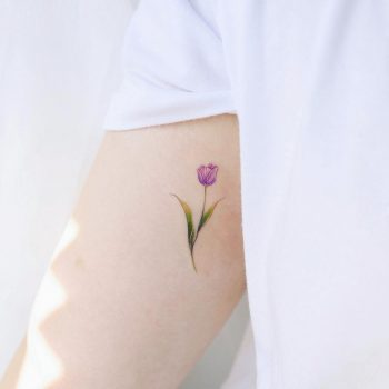 Purple tulip by @vane.tattoo_
