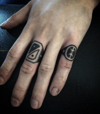 Rings by @hanaroshinko