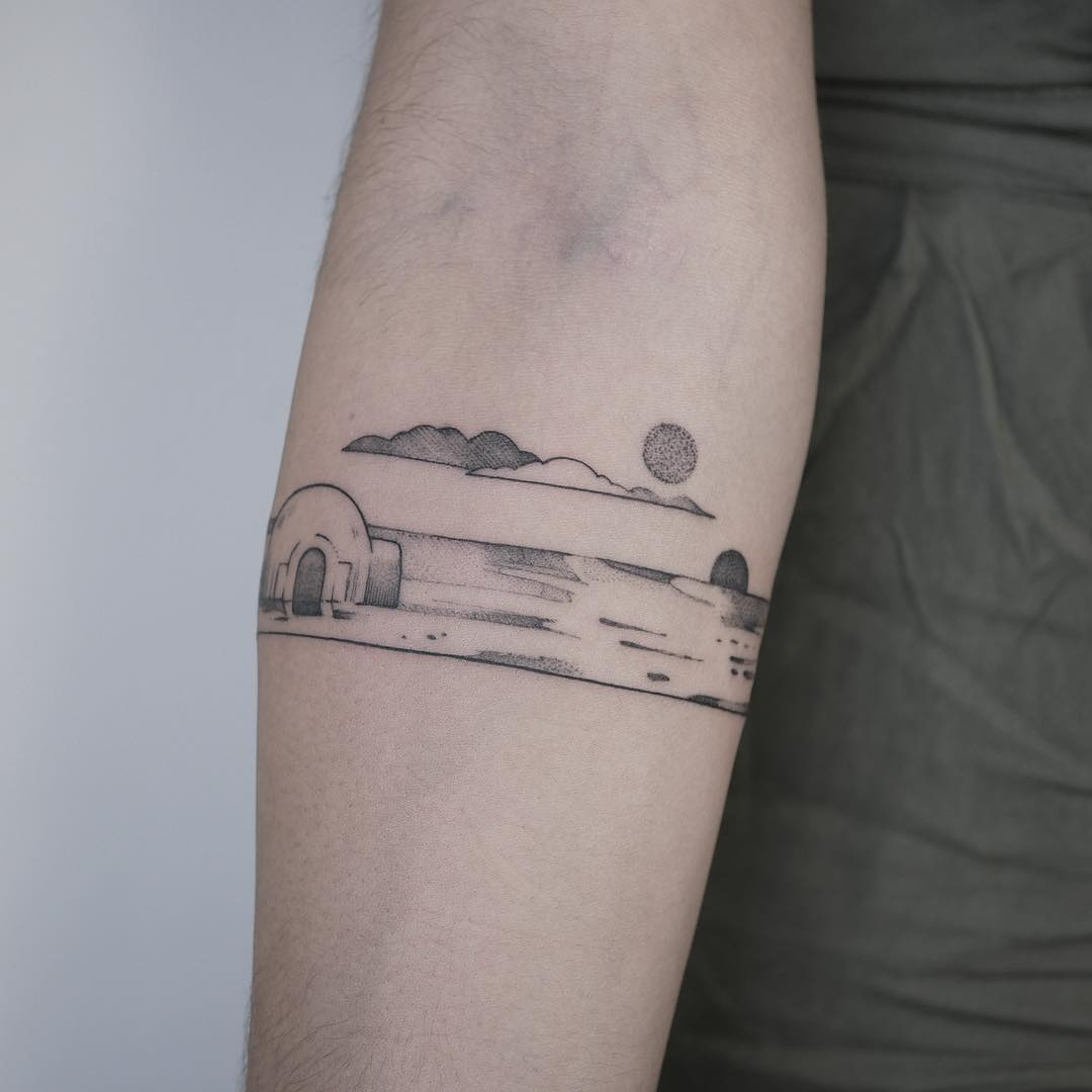 Small Star Wars landscape by @mariafernandeztattoo