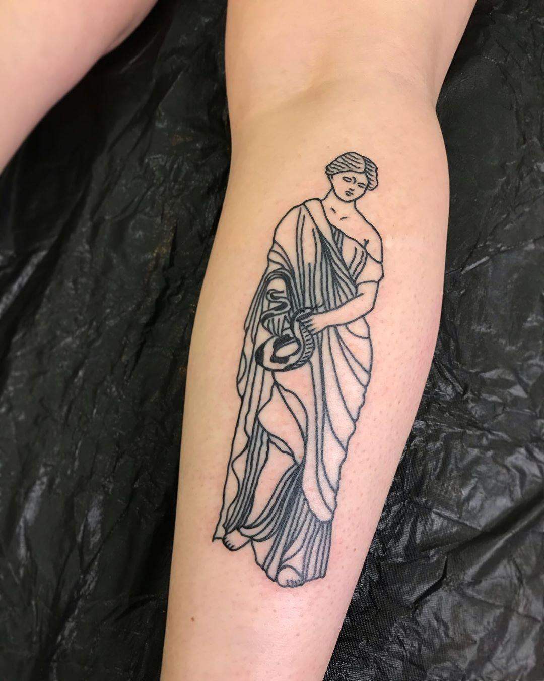 Static stoic statue by @lonewolftattoo