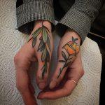 Thumb tattoos by @pau1terry_