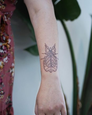 A leaf insect tattoo by @firstjing