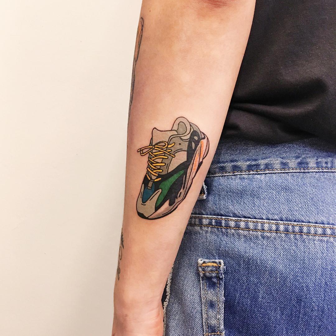 Adidas Yeezy 700 tattoo by @takemymuse