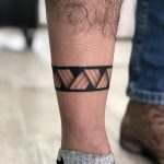 Band around a calf by @soychapa