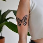 Black butterfly by @tototatuer