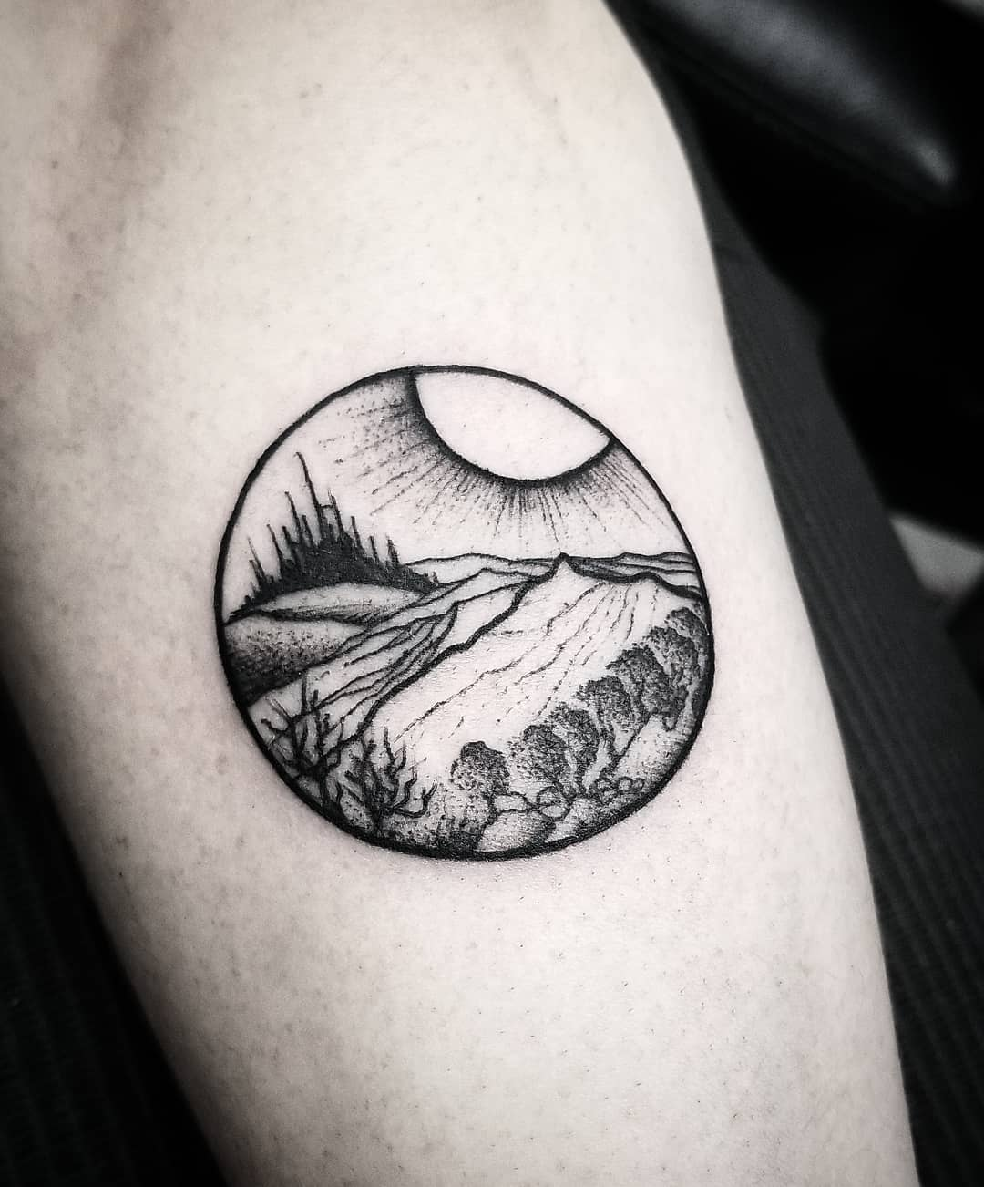 Cathedral in the distance by @thomasetattoos