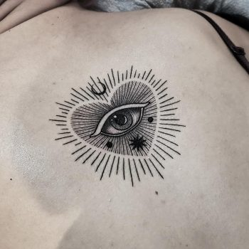 Eye heart by @thomasetattoos