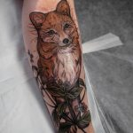 Fox on the shin by @sophiabaughan