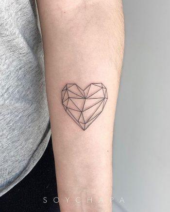 Geometric heart by @soychapa