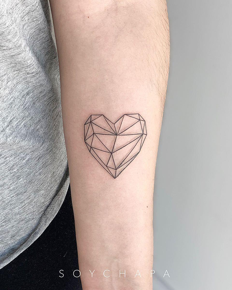 Geometric heart by @soychapa