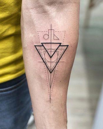 Geometric piece by @soychapa