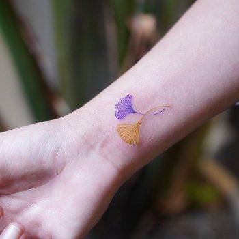 Ginkgo leafs on wrist by @firstjing