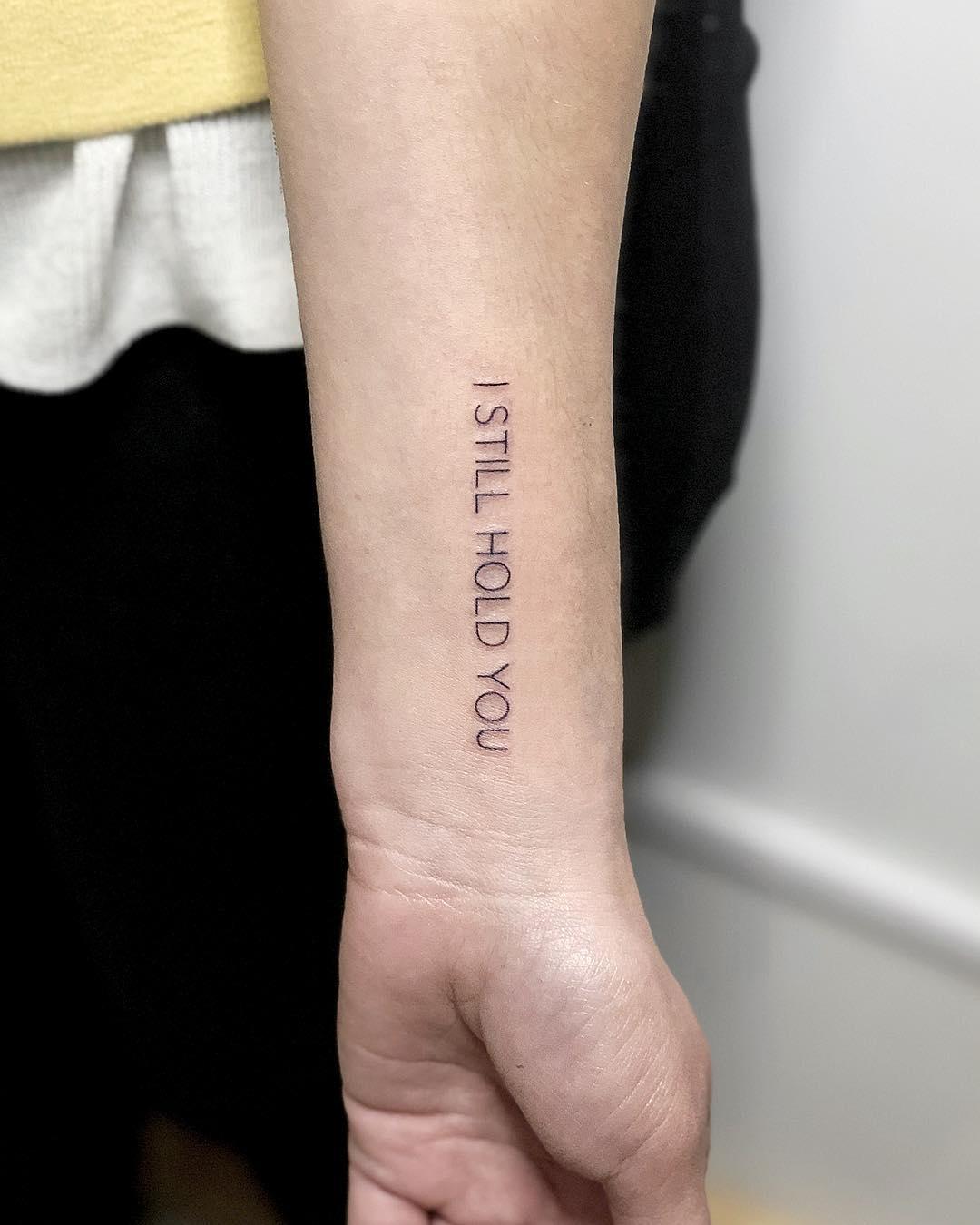 I still hold you tattoo by @soychapa