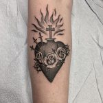 Immaculate heart tattoo by @justinoliviertattoo