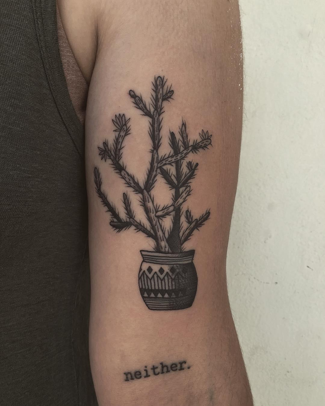 Mexican flowerpot by @justinoliviertattoo