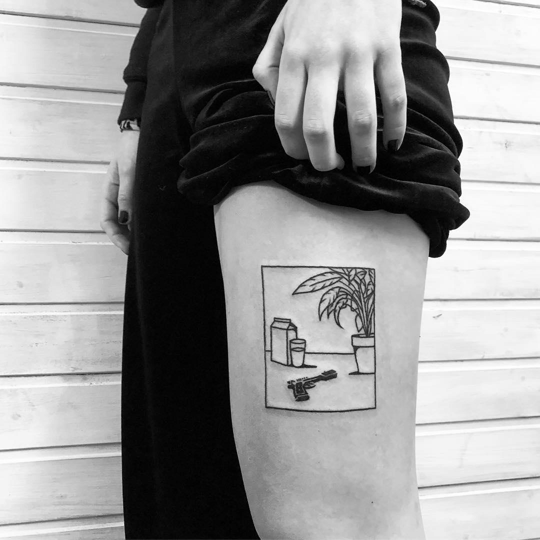Minimalist still life by @alexbergertattoo
