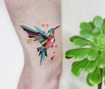 Polygonal hummingbird by @polyc_sj