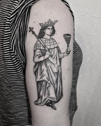 Queen of cups tattoo by @justinoliviertattoo