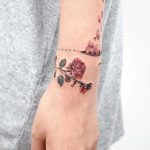 Rose bracelet by @tattooist_sigak