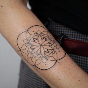 Special flower by @hala.chaya