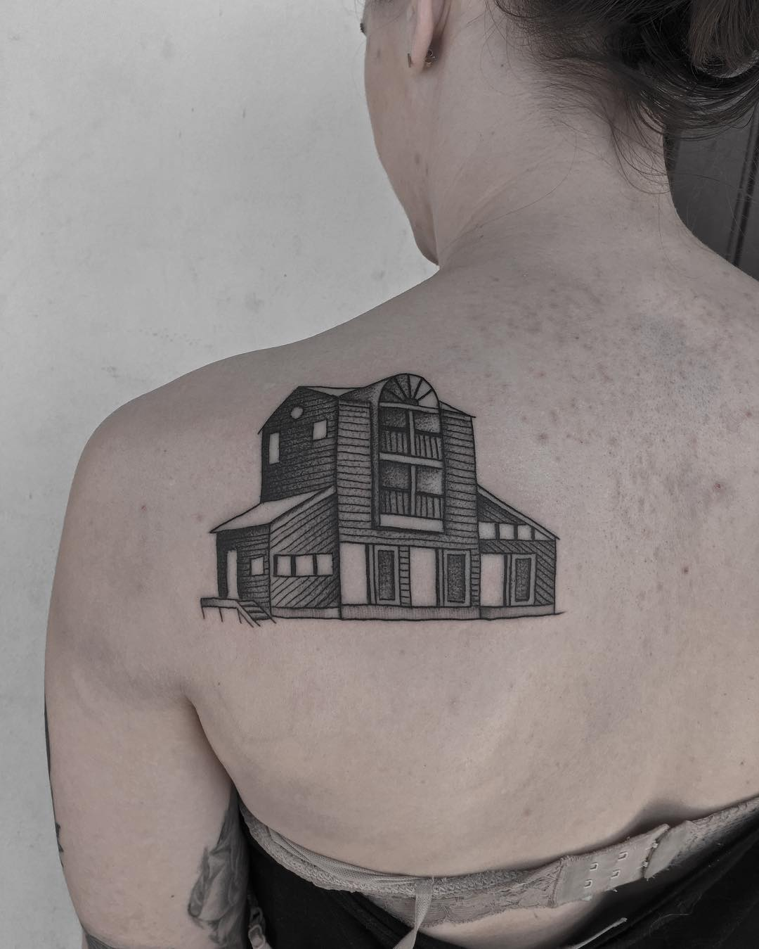 Childhood home tattoo by @justinoliviertattoo