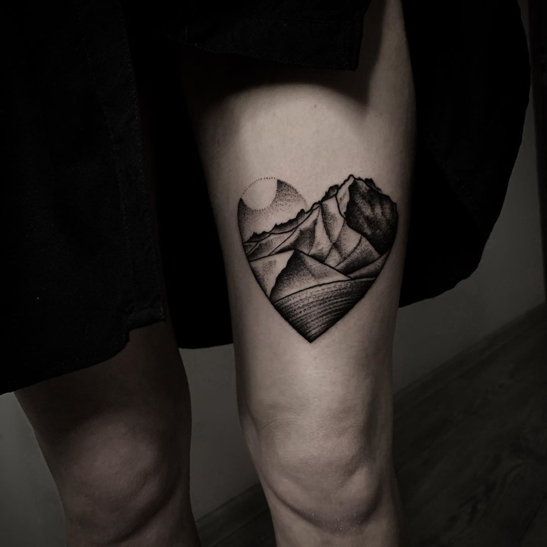 Heart mountains by @inksil