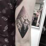 Mountain scene by @isaarttattoo