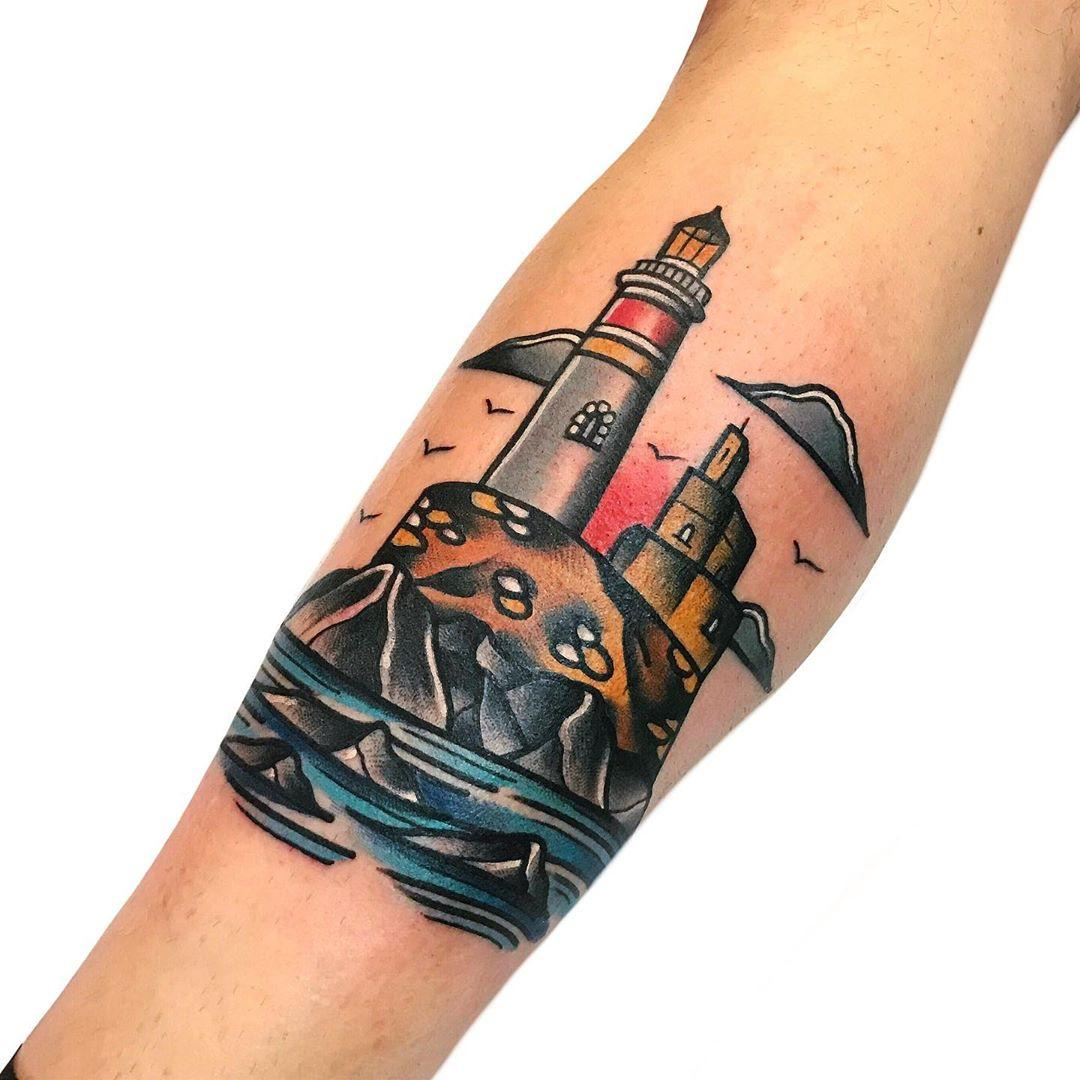 Old-school lighthouse by @pablo_de_tattoolifestyle
