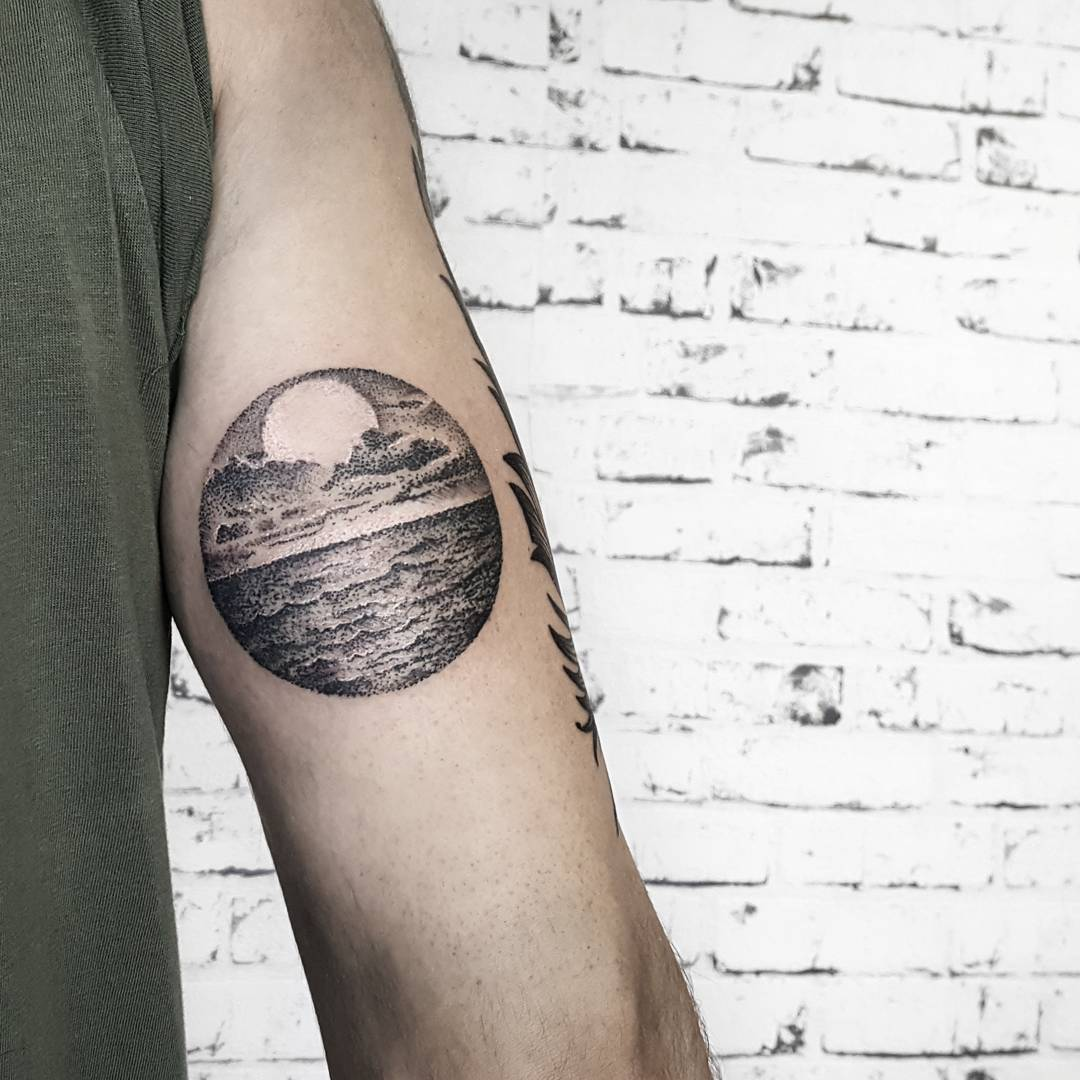 Seascape by @isaarttattoo