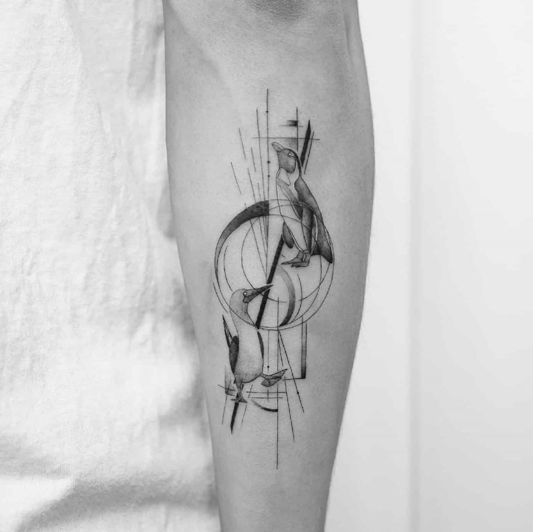 Birds and lines by tattooist Ian Wong
