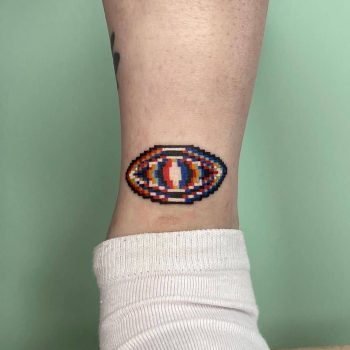 Eye on an ankle by @88world.co.kr