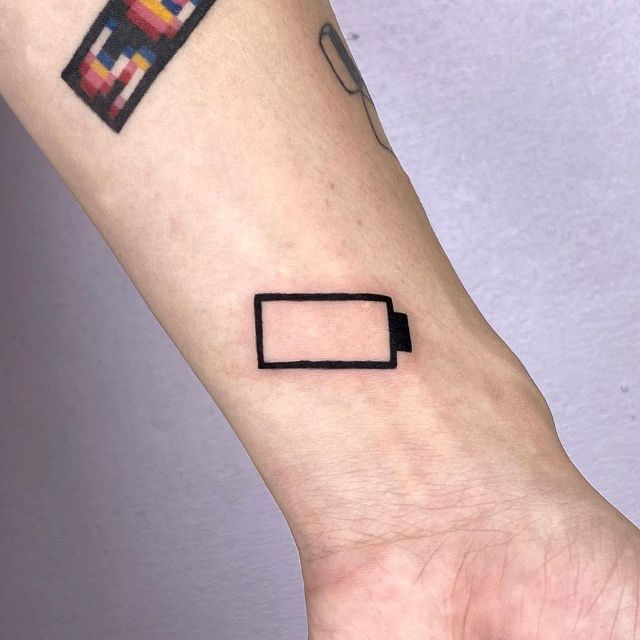 No Battery Tattoo by @88world.co.kr