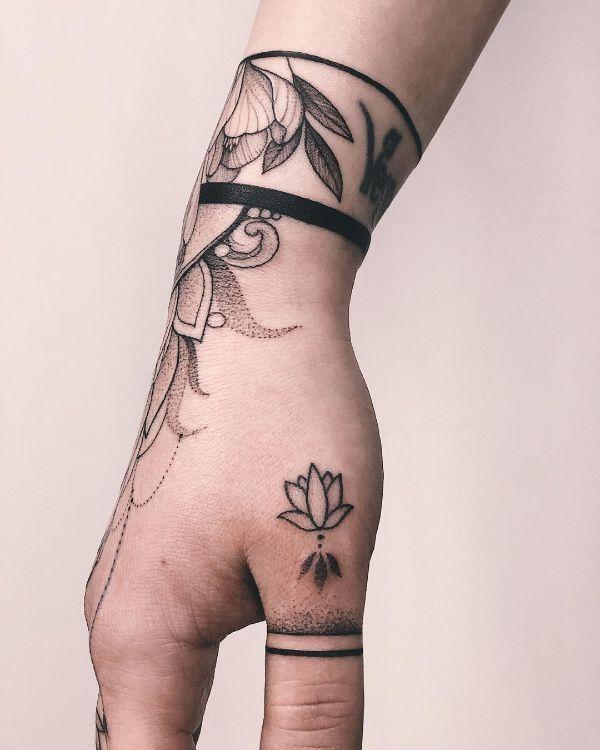 Hand Tattooed by @vlada.2wnt2