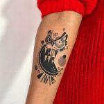 Owl by tattooist Hen
